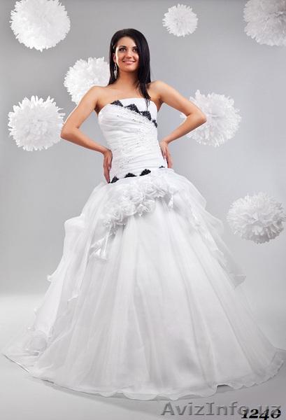 Предлагаем свадебные платья и корсеты